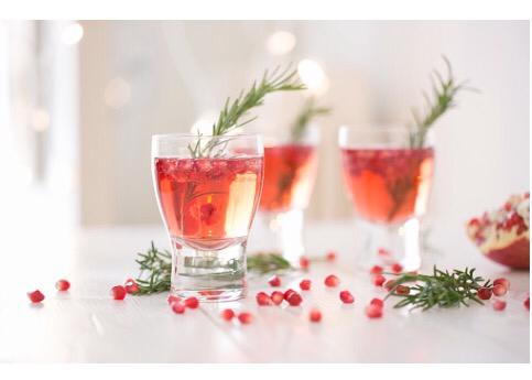 Sparkling Holiday Cheer Mocktail