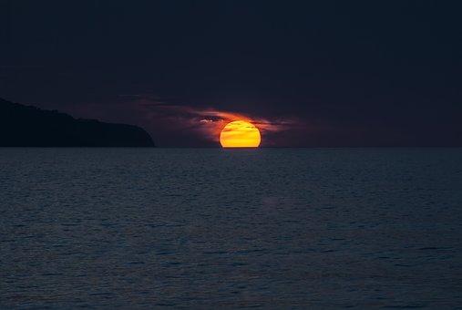 sunset-1651878__340